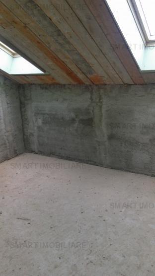Apartament cu scara interioara