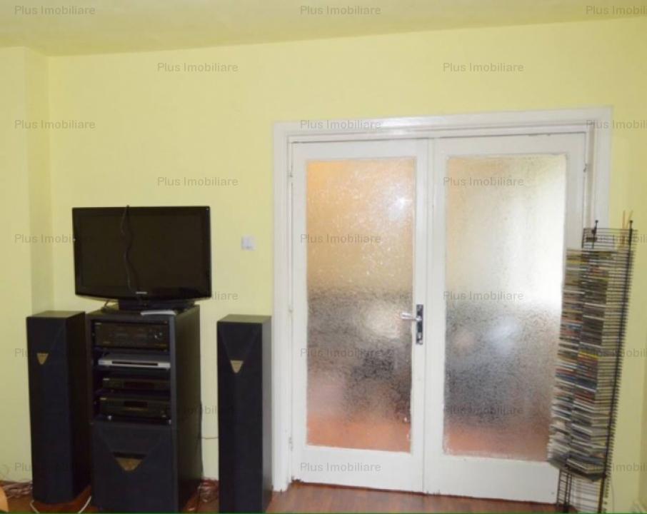 Apartament cu 3 camere,etaj 2/8,situat la 2 minute de Piata Cotroceni