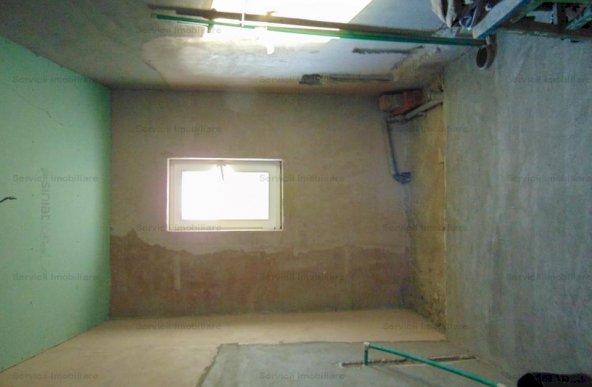 FARA COMISIOANE casa  cu 6 camere P+1 izolatie de 20 + garaj  LA CHEIE