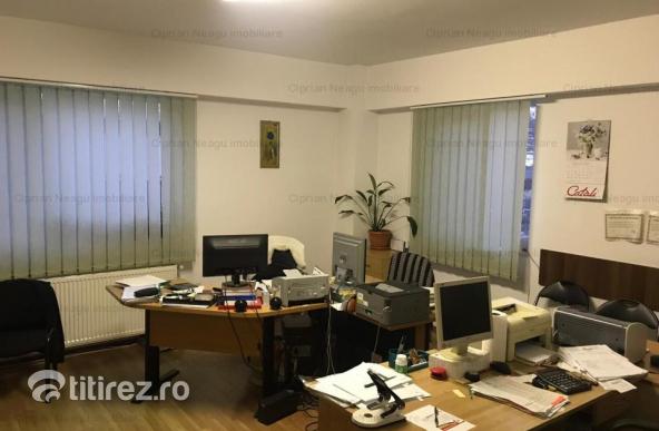 Apartament 2 camere - parter de bloc Gavana 3