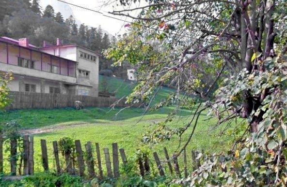 Teren de vanzare in Busteni cu deschidere la DN1