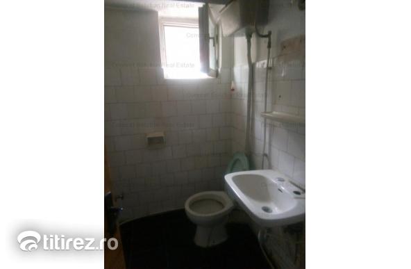 Vand apartament 3 camere Ultracentral