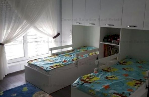Vand Parte din Duplex Stefanesti - Zavoi