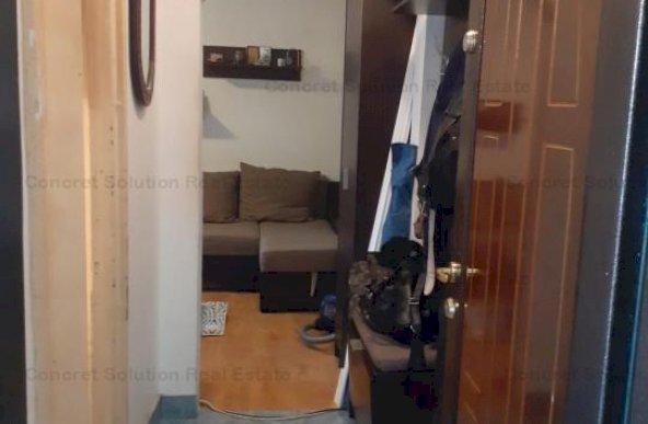 Vand apartament 2 camere Trivale