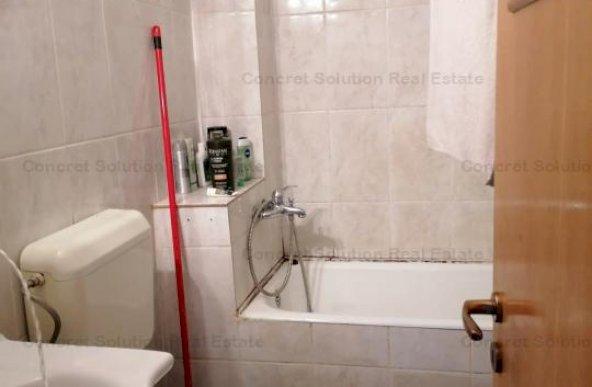 Vand apartament 4 camere Ultracentral