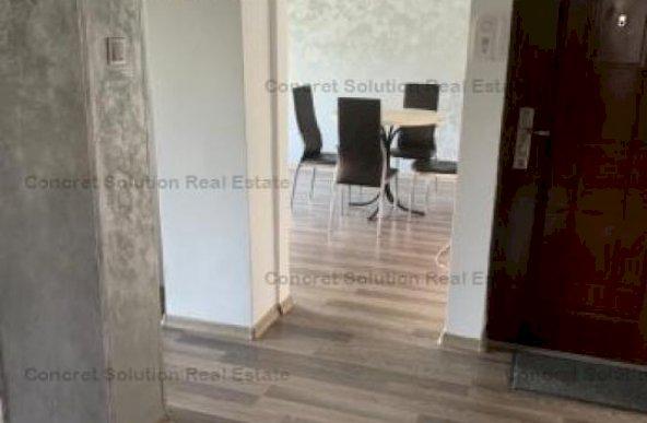 Inchiriez apartament 3 camere zona Eremia
