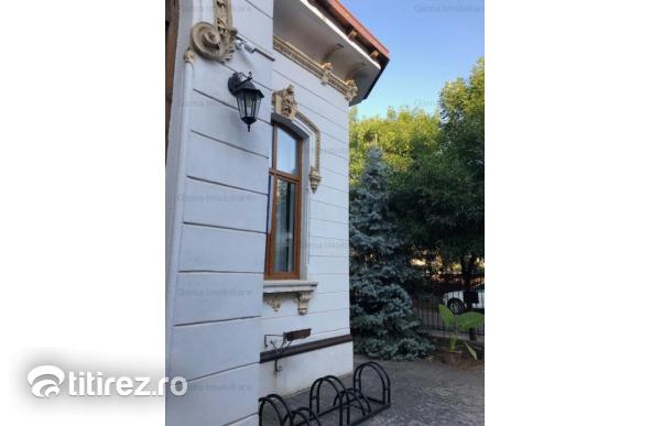 GM1215 Vanzare vila interbelica Unirii, supraf. 325mp, teren 329mp