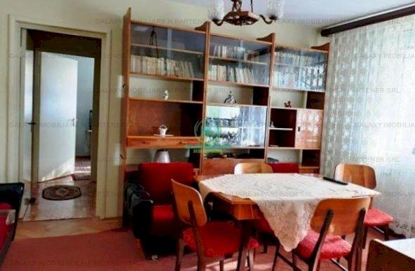 De vanzare apartament 3 camere in Pitesti Nord