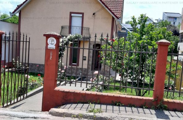 De inchiriat casa in Pitesti Craiovei pretabil spatiu comercial sau rezidential
