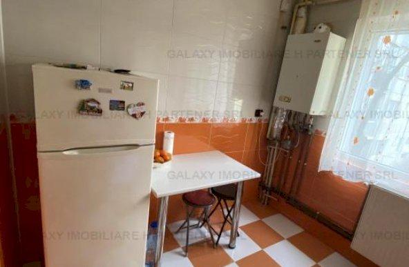 De vanzare apartament 2 camere in Pitesti Gvana etaj1 mobilat
