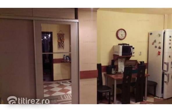 2 camere Militari Uverturi