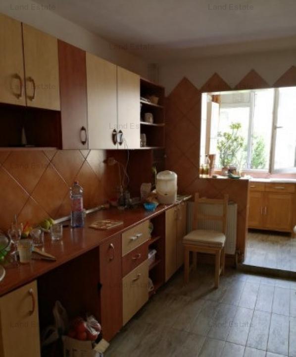 Apartament 4 camere Militari Apusului