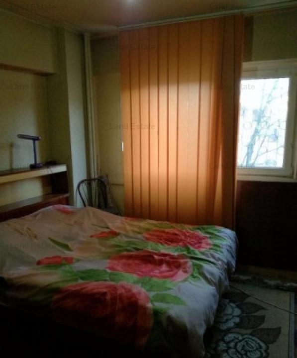 Apartament 4 camere Metrou Crangasi