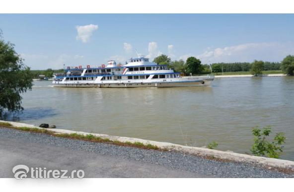 Teren intravilan cu deschidere la Dunare