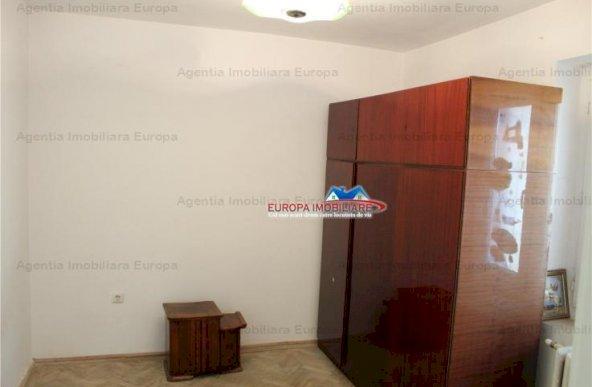 Vanzare apartament 3 camere, Central, Tulcea