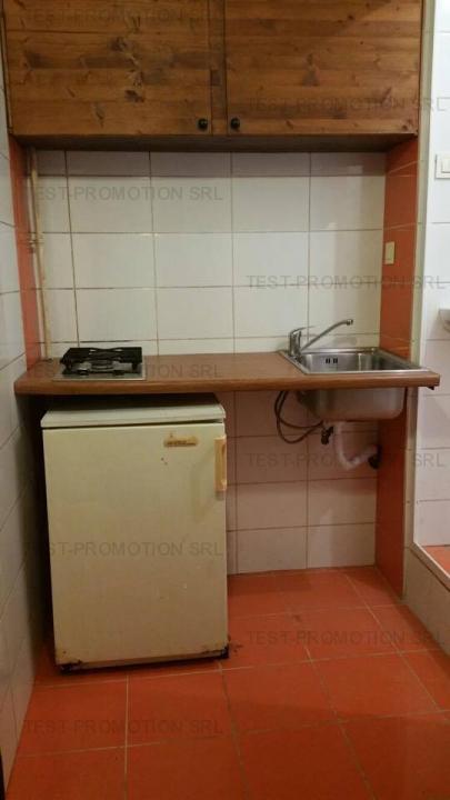 Garsoniera de vanzare, zona Universitate - Rosetti