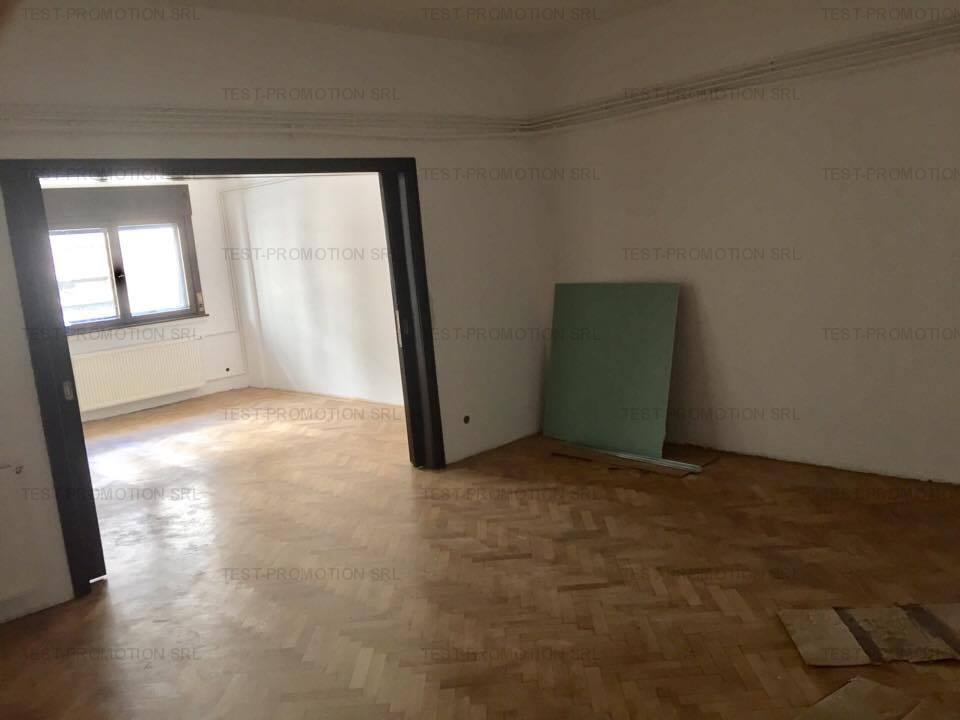 Apartament cu 6 camere de inchiriat, zona Piata Romana, orice gen activitate.