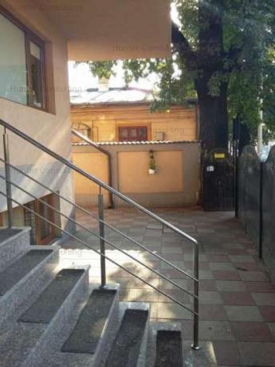Garsoniera in vila p+ 4 Regie/Giulesti