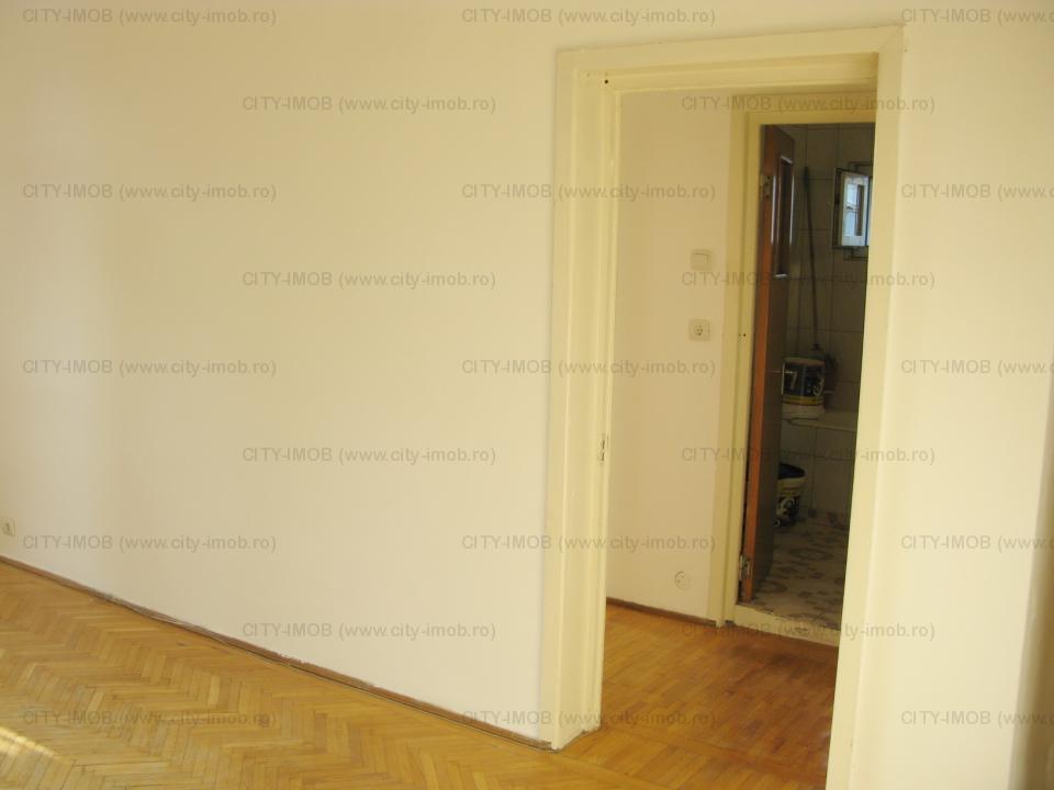 SE VINDE Apartament 4 camere in Centrul Istoric Calea Victoriei