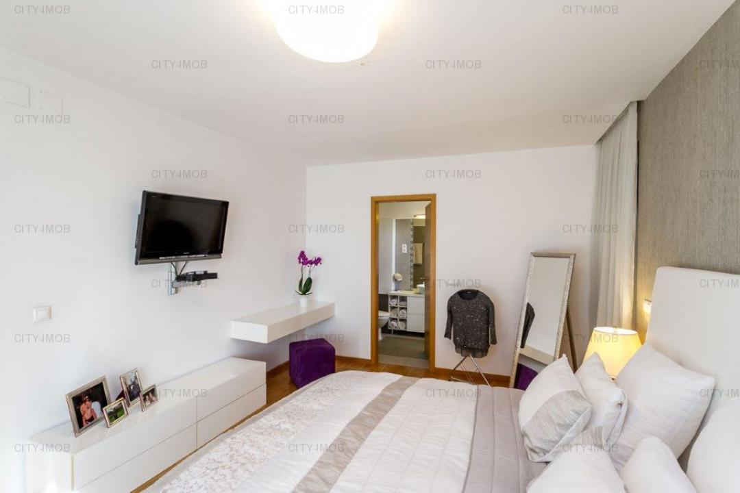 Se vinde Apartament 4 CAMERE Mobilat lux BANEASA