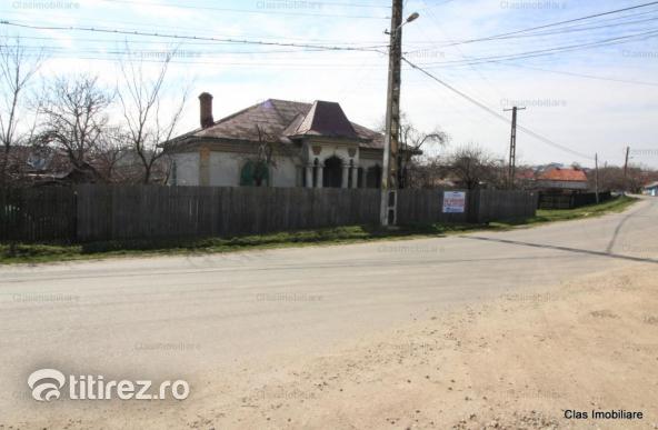 Casa la drumul principal Com Balteni !!