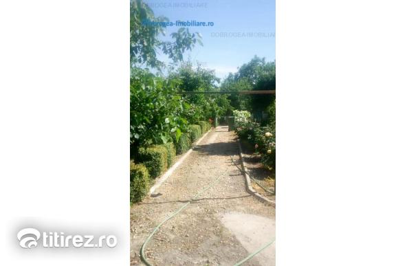 Casa 100 m2, renovata complet, centrata termica, teren 2000 m2
