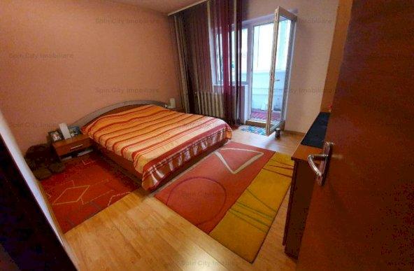 Apartament 3 camere spatios,decomandat, Mall Vitan