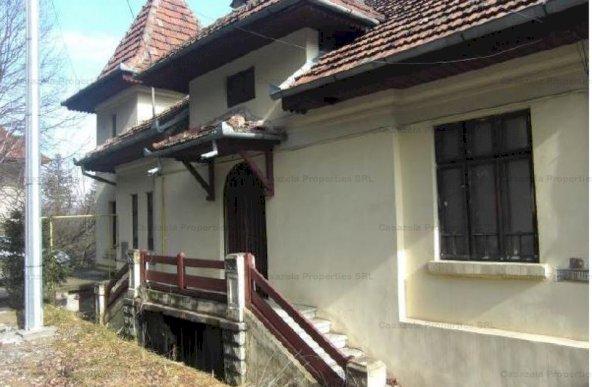 Apartament 6 camere de vanzare, Bd. Ferdinand, Sinaia, jud. Prahova