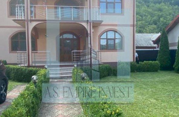 Casă/Villa, singur în curte LUX - zona Lepșa (Tulnici), județul Vrancea