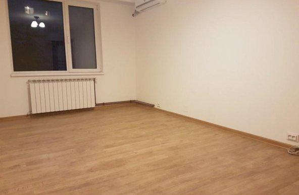 Apărătorii Patriei apartament 3 camere cu centrală proprie