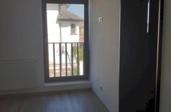 Vanzare apartament cu 4 camere zona Alexandriei, Bucuresti