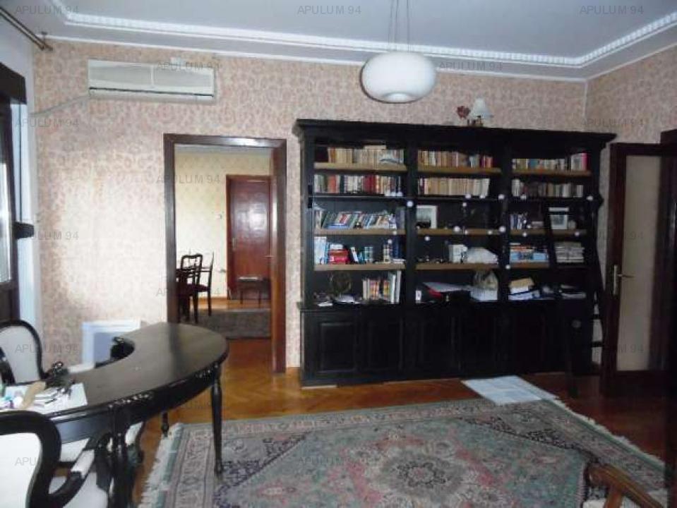 Vanzare apartament 5 camere Piata Spaniei