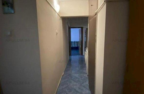 Vanzare Apartament 4 camere ,zona Vitan ,strada Berevoiesti Al. ,nr 3 ,102.000 €