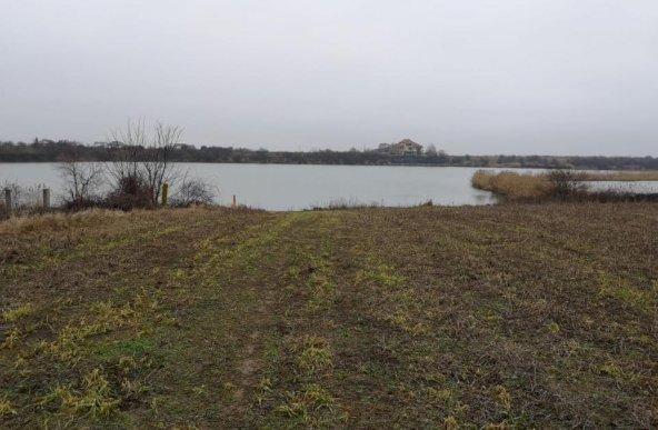 Teren constructii cu vedere la lac, Crevedia