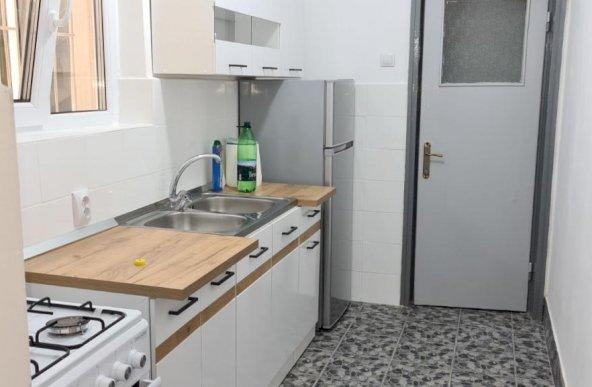 Magheru Magazin Eva apartament 3 camere nemobilat
