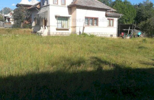 casa Valea Mare-Pravat
