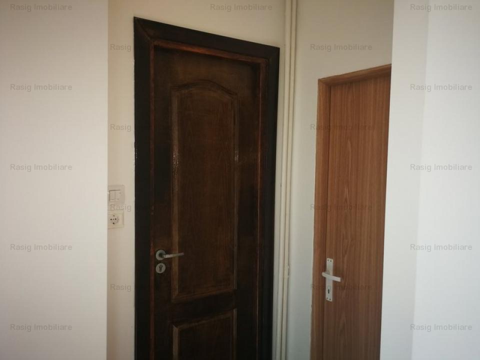 Vanzare apartament  2 camere.