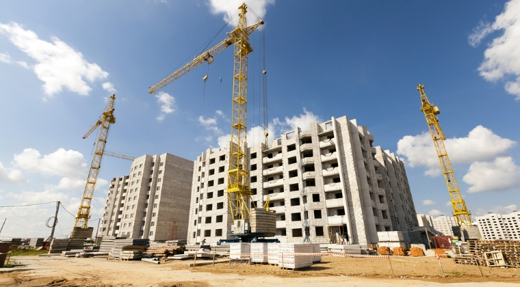 """BNR ia la numarat cladirile dezvoltatorilor imobiliari, cu scopul """"de a identifica vulnerabilitati"""": se tem bancherii de o noua bula imobiliara?"""